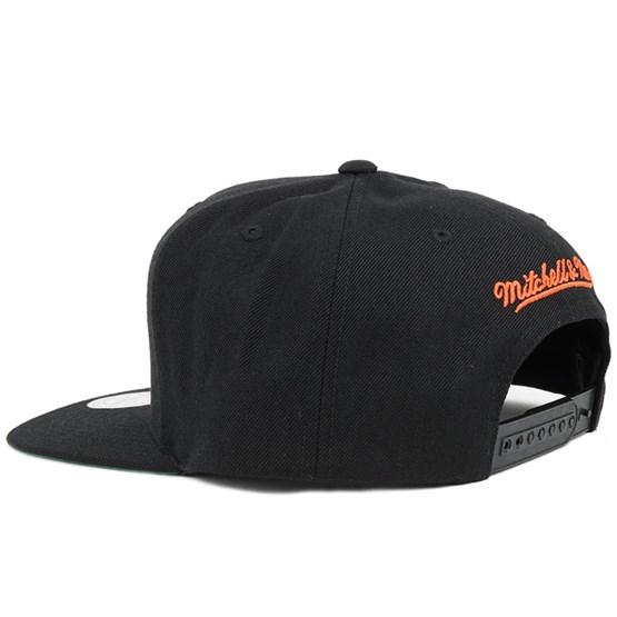 b1b228ccfa9 Philadelphia Flyers Wool Solid 2 Snapback - Mitchell   Ness cap -  Hatstore.co.in