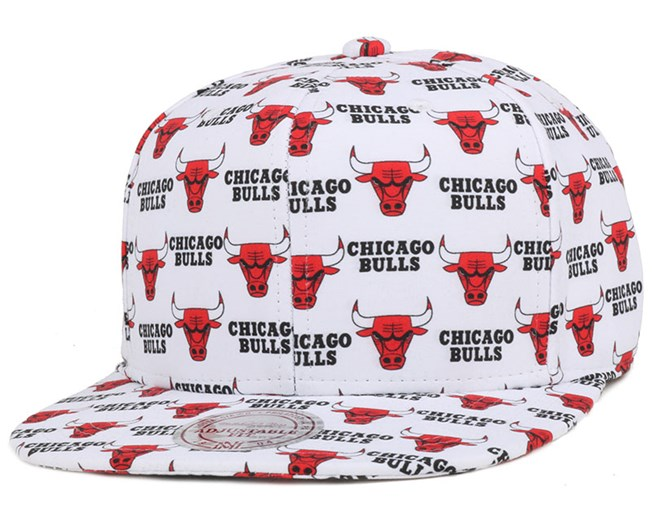 new products 44483 f8274 Chicago Bulls Mono Logo White Snapback - Mitchell   Ness