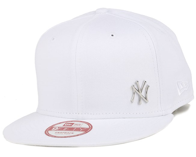 8501678ee01 NY Yankees MLB Flawless Metal White Black 9Fifty Snapback - New Era ...