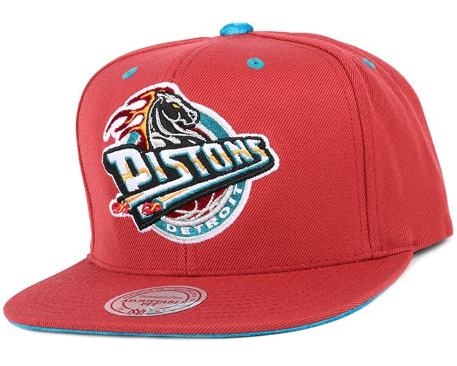 low priced a63a1 dc1cf Detroit Pistons Solid Velour Logo Snapback - Mitchell   Ness