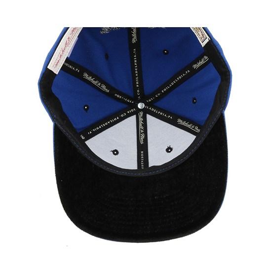 official photos 41b84 c6fcf Philadelphia 76ers Solid Velour Logo Snapback - Mitchell   Ness caps    Hatstore.co.uk