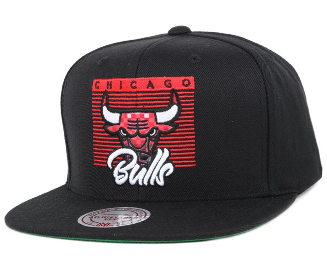 95f62d27647 Chicago Bulls Easy Three Digital Black Snapback - Mitchell   Ness ...