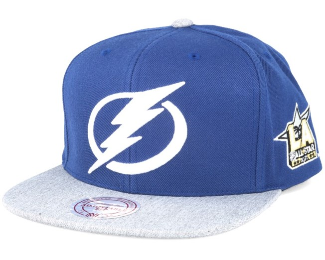 Tampa Bay Lightning NHL 2017 ASG 2T Snapback - Mitchell   Ness caps ... 02c13493e7