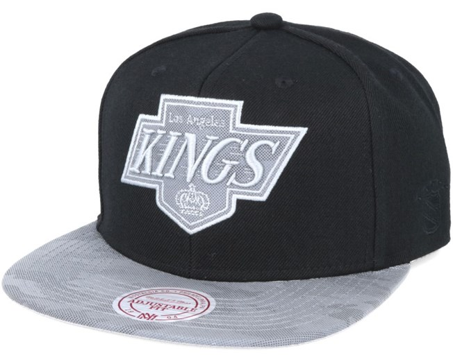 reputable site a03ef bb804 LA Kings Reflective Camo Snapback - Mitchell   Ness