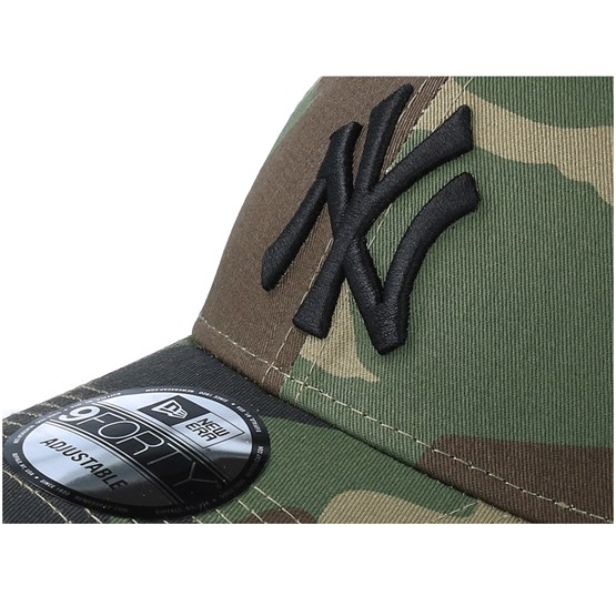 769d0425596 New York Yankees League Essential 9Forty Camo Black Adjustable - New Era  caps - Hatstoreaustralia.com
