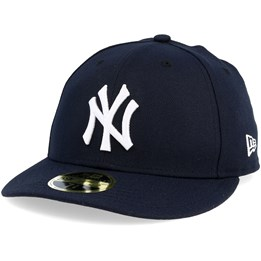 sale retailer a276c 1fd20 Only 1 in stock! New Era New York Yankees Game Authentic Collection Low  Profile 59fifty ...