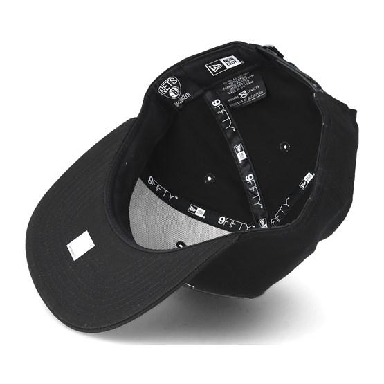 a1148b01383 Brooklyn Nets Felt Script 950 Black Snapback - New Era caps -  Hatstoreworld.com