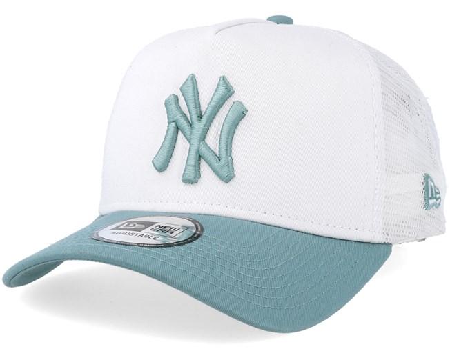 New York Yankees League Essential White Mint Trucker - New Era caps -  Hatstoreaustralia.com d368b74e3358
