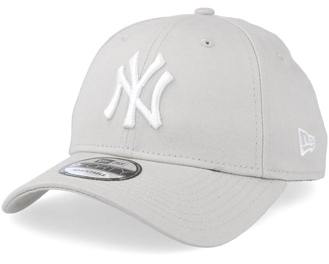 c0e656132 New York Yankees League Essential 9Forty Stone/White Adjustable ...
