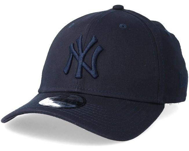 75bae6d973910 New York Yankees League Essential 39Thirty Navy Navy Flexfit - New Era caps  - Hatstorecanada.com