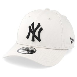 afdcede8 New Era New York Yankees 9Forty Essential Stone/Black Adjustable - New Era  $22.49 $24.99