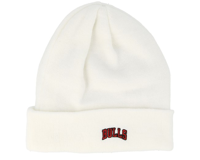 c46a253b317 Chicago Bulls Essential Knit Wordmark White Cuff - New Era beanies -  Hatstoreaustralia.com