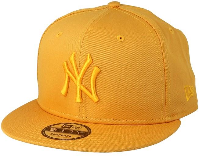 New York Yankees 9Fifty League Essential Yellow Yellow Snapback - New Era -  Start Gorra - Hatstore 7416a39098e