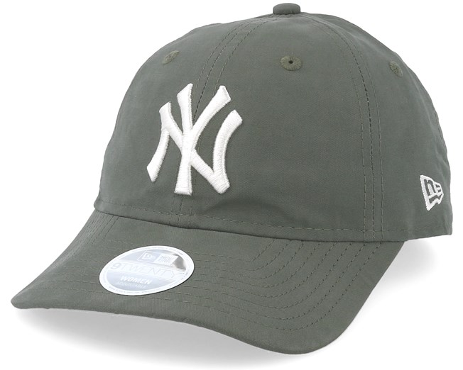 online store 56675 b37ab New York Yankees Womens Packable 9Twenty Olive Adjustable - New Era caps -  Hatstorecanada.com