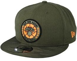 New York Knicks Tipoff Series 9Fifty Olive Snapback - New Era