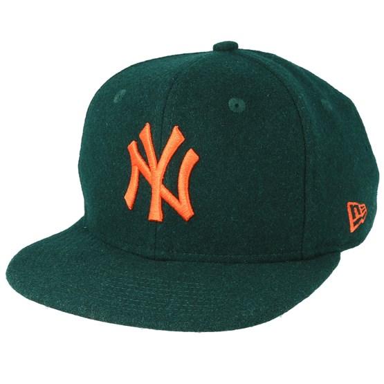Keps New York Yankees Winter Utility Melton 9Fifty Dark Green/Orange Snapback - New Era - Grön Snapback