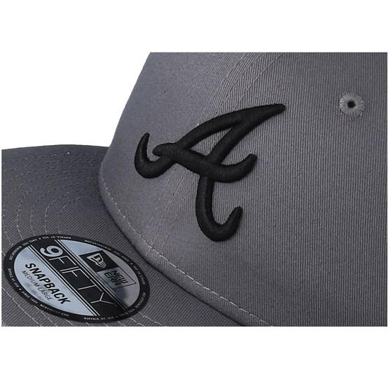 Atlanta Braves League Essential 9Fifty Grey Black Snapback - New Era -  Start Cappellino - Hatstore a473556ce7c7