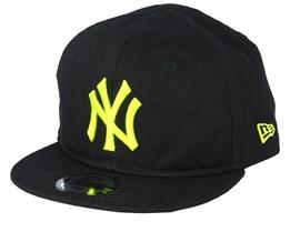 Kids New York Yankees Infant League Essential 9Forty Black/Neon Snapback - New Era