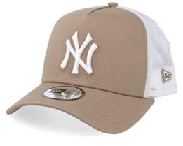 New York Yankees League Essential Beige/White Trucker - New Era