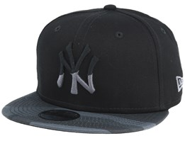 88383202c20 Kids New York Yankees Character 9Fifty Black Black Camo Snapback - New Era