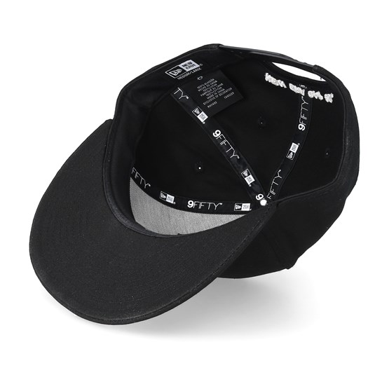 sale retailer c01d7 e676e Ne Patch 9Fifty Black White Snapback - New Era caps - Hatstoreworld.com