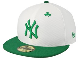 0b4b29eabc97e New York Yankees MLB19 59Fifty Of St. Pats Day White Green Snapback - New