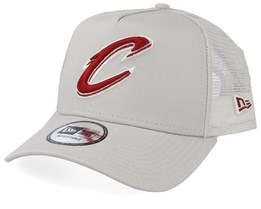 Cleveland Cavaliers Essential Light Beige/Red Trucker - New Era