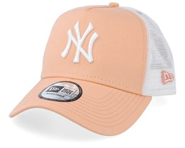 ecd93baa New York Yankees Essential Peach/White Trucker - New Era