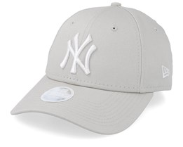 New York Yankees Womens League Essential 9Forty Stone/White Adjustable - New Era