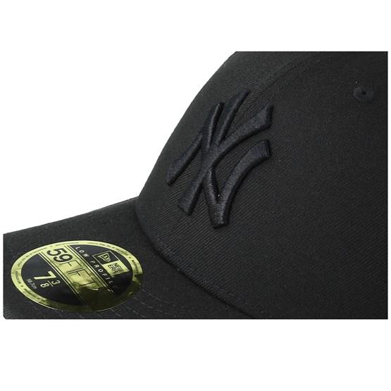 059b23fecf2a0 New York Yankees Low Profile 59Fifty Black Black Fitted - New Era caps -  Hatstoreaustralia.com