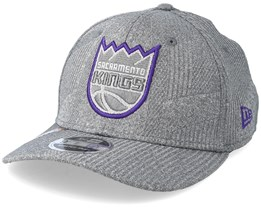 Sacramento Kings Training Series 9Fifty Stretch-Snap Dark Grey/Purple Snapback - New Era
