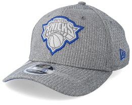 New York Knicks Training Series 9Fifty Stretch-Snap Dark Grey/Blue Snapback - New Era