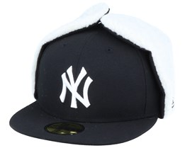 New York Yankees 59Fifty League Essential Dogear Black/White Ear Flap - New Era