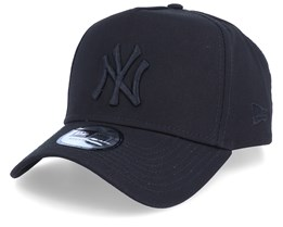 New York Yankees League Essential Black/Black Adjustable - New Era