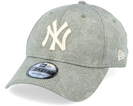 New York Yankees Engineered Plus 9Forty November Green Adjustable - New Era