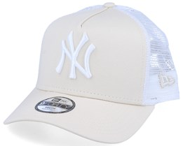 Kids New York Yankees Essential 9Forty A-Frame Sand/White Trucker - New Era