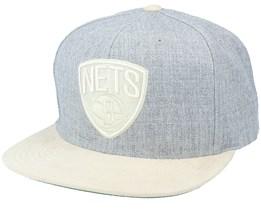 Brooklyn Nets Heather Suede Heather Grey Snapback - Mitchell & Ness