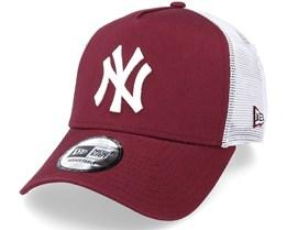 New York Yankees League Essential 9Forty A-Frame Maroon/White Trucker - New Era