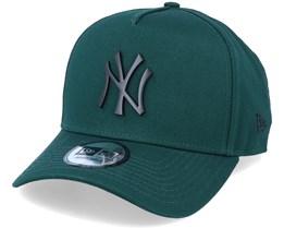 Hatstore Exclusive x New York Yankees Essential 9Forty A-frame Dark Green Adjustable - New Era