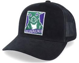 Milwaukee Bucks Icon Pinch Panel Black Trucker - Mitchell & Ness