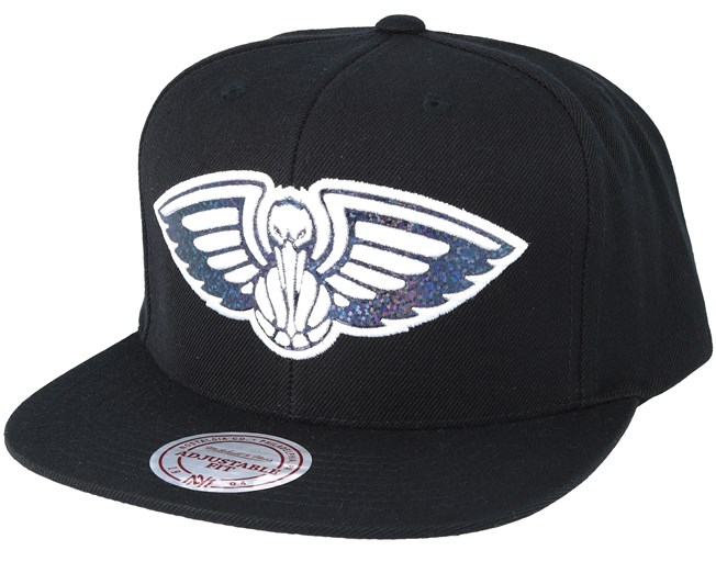 low cost d3349 84a20 New Orleans Pelicans Dark Hologram Snapback - Mitchell   Ness caps -  Hatstoreworld.com