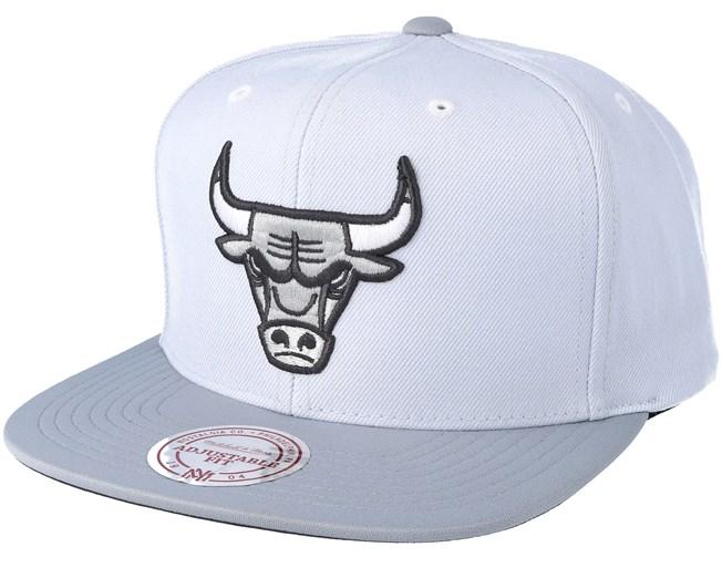 bb671991d228a Chicago Bulls 2T Plus Series Grey Snapback - Mitchell & Ness ...