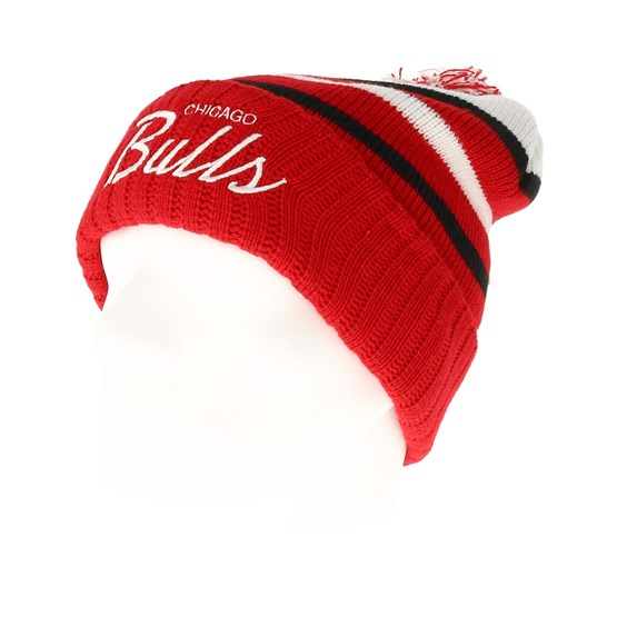 new style e238b c29b3 Chicago Bulls Colour Block Special Script Knit Red Beanie - Mitchell   Ness  beanie - Hatstore.co.in