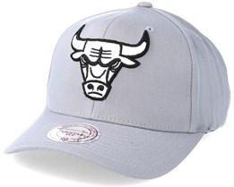 Chicago Bulls Gull Grey 110 Adjustable - Mitchell & Ness