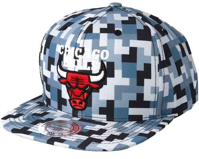 brand new 22ab5 ef1d3 Chicago Bulls Sublimated Micro Peach Camo Snapback - Mitchell   Ness caps -  Hatstoreworld.com