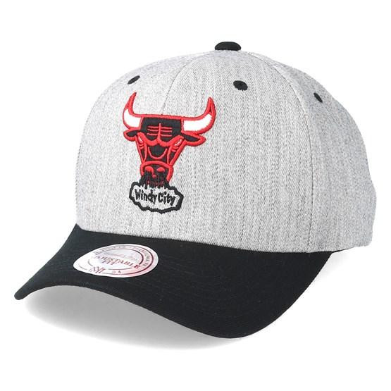 366c7bcb4b8 Chicago Bulls Team Logo 2-Tone 110 Grey Adjustable - Mitchell   Ness caps -  Hatstorecanada.com