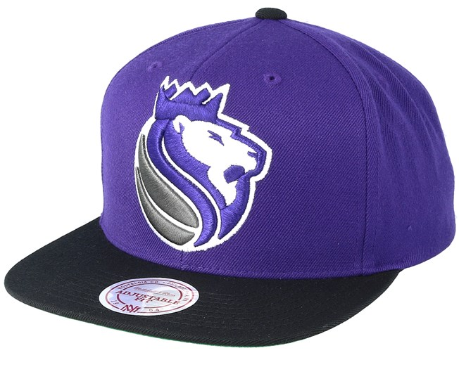 87aead204b3 Sacramento Kings XL Logo 2 Tone Black Purple Snapback - Mitchell   Ness  caps - Hatstoreworld.com