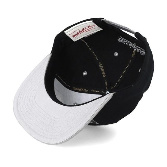 watch d1d56 f8614 2 Tone Label Black Grey Snapback - Mitchell   Ness caps -  Hatstoreaustralia.com