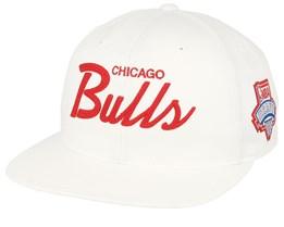 hot sale online d2dc7 39f69 Chicago Bulls Draft Series White Snapback - Mitchell   Ness