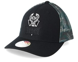 Milwaukee Bucks Squad Black/Camo 110 Trucker - Mitchell & Ness